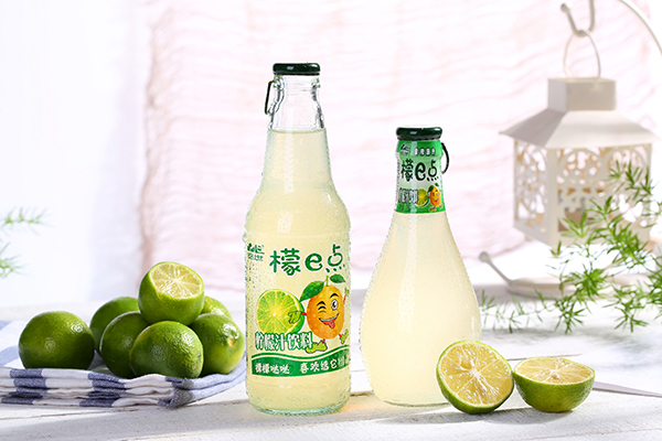 炎炎夏日,何以解暑?品世果汁飲料助你清爽一夏